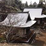 雪化粧の神護寺境内