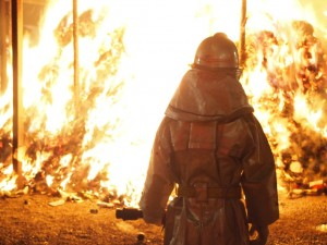 消防士の活躍も光る