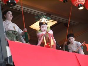 稚児舞披露 2011年