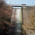 大正池 高さ26.5mのダム