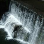 賀茂川の堰堤