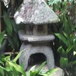 屑屋型石灯籠