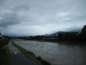 9月 大雨で増水した鴨川