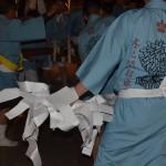 県祭り 梵天の幣が配られる