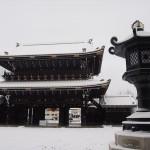東本願寺の雪景色