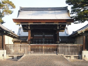 京都御所 建礼門の雪化粧