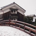 雪の安居橋