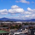 法輪寺から比叡山を望む
