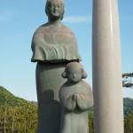 穴穂部間人皇女と聖徳太子の像