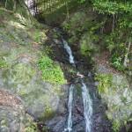 戸無瀬の滝