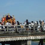 嵯峨祭 渡月橋と神輿