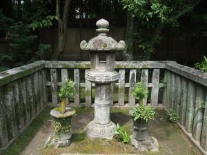 大徳寺 高桐院 春日灯籠