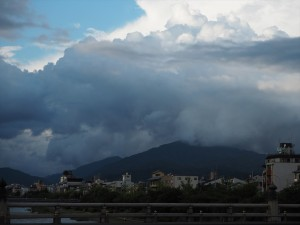 比叡山方面を望む