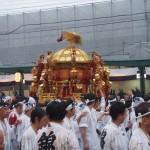 雨の神幸祭