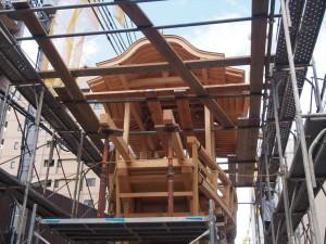 大船鉾の鉾建て