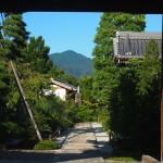 天寧寺 額縁門からの比叡山