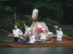 松尾大社 八朔祭 女神輿の船渡御
