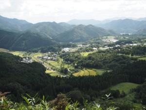 宝山から望む夜久野高原