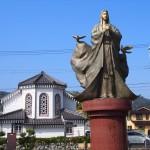 カトリック宮津教会と細川ガラシャ像 10月