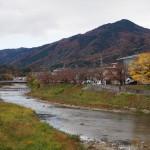 比叡山と高野川 11月