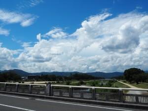 出雲路橋からの空