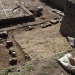 西寺跡 須弥壇跡発見 10月